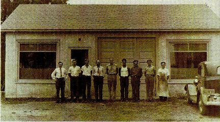 Historical Picture of founder and employees.